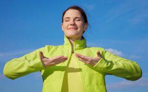 Πως να ηρεμήσετε χρησιμοποιώντας την αναπνοή σας
